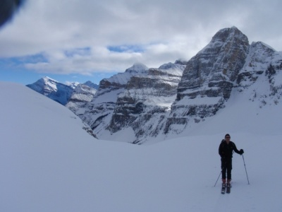 ski tour the canadian rockies with guides, ski tour yoho national park