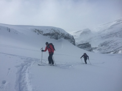Guided ski tours